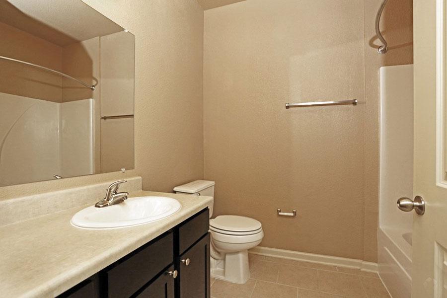 benwhite-bathroom