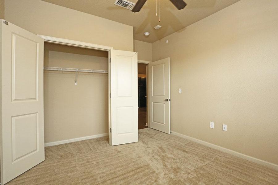 benwhite-bedroom1